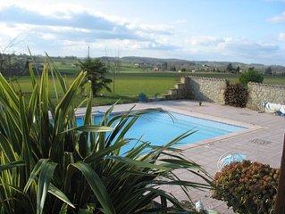 Gite à la campagne avec piscine