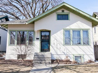 Urban Family-Oriented Bungalow In Powderhorn Park
