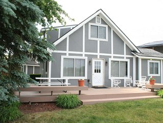 Lakefront Home on Little Wolf Lake 10 miles to Speedway,  Private Launch