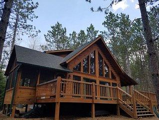 Beautiful,Trailside Retreat! Chalet style cabin at CAMBA / Birke trail head
