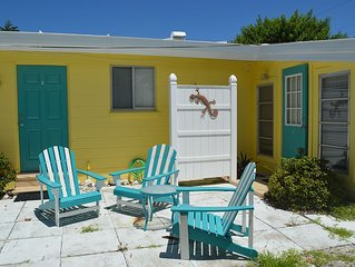 Seaside Cottage- just steps from the beach on Manasota Key