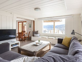 Stunning New Listing on VRBO - Beautiful Beach Apartment!