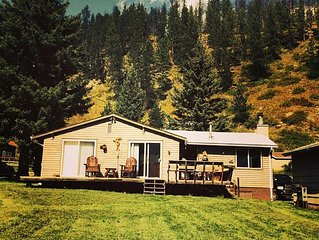 ~ Cozy Creek Side Cabin ~ Nature ~ Peaceful ~ Relax ~