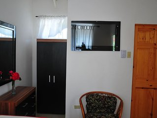 Two fabulous double bedrooms to rent $350 USD US PER ROOM PER WEEK with Air Con