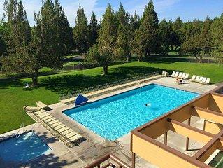 Eagles Crest Resort - 2 Bedroom Villa - Great Location!