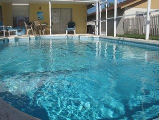 Huge Lot Pet Friendly Pool Home 3BR, 2B near Theme Parks
