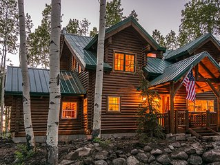 5 Bedrooms + Loft Log Cabin | Private Gated Community | Hot Tub