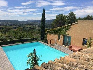 Beautiful villa. Indoor-Outdoor living in the heart of Provence