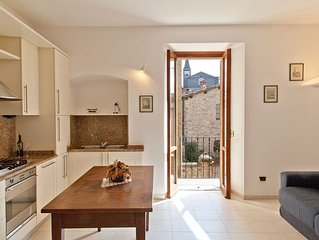 Tastefully restored accommodation property only 20 meters from the main piazza