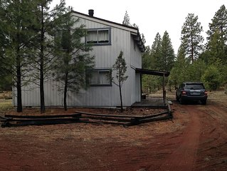 Tollgate Cabin in the Pines