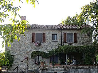 Authentic Stone Farmhouse in Tiny Tuscan Village