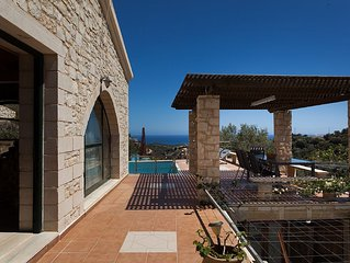 Bio-Energy ~ VILLA 'ANTONIS' ~ Fantastic views of the mountains and  sea~