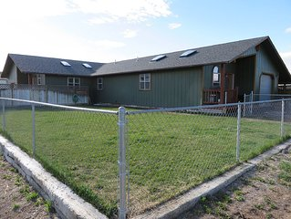 Country Mission Split Level Home Near Downtown Dubois & Horse Creek/wind River!