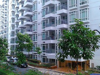 1 Br Condo Right Behind Resorts World In Newport City