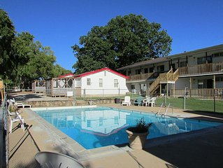 6bd Great Getaway For Large Groups & Reunions On Table Rock Lake 2mi From SDC!