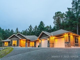Bright, Open, New, Modern, Rancher!