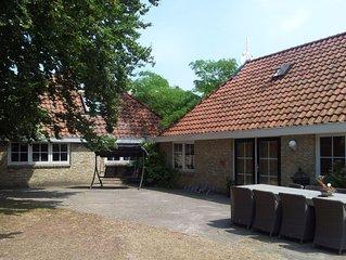 Farmhouse, 8-12 pers, peace & space, wheelchair friendly