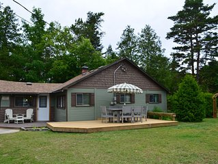 3 Bedroom Cottage Backs onto Sauble Beach!