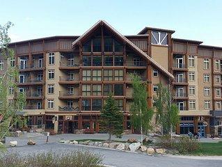 White Pine Lodge! Ski in/Ski out. In Village. Views of Lake and mountain