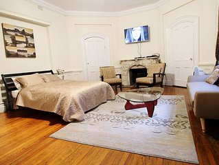 Irving Place fully furnished studio!!