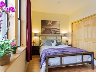 *Audubon*  Sunny 1 Bedroom - New!! Columbia Presbyterian Medical Center Area