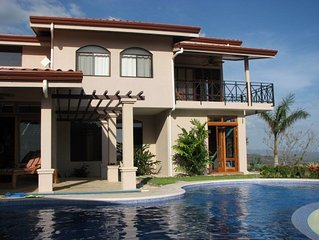 Relaxed luxury home with infinity pool and spectacular views.