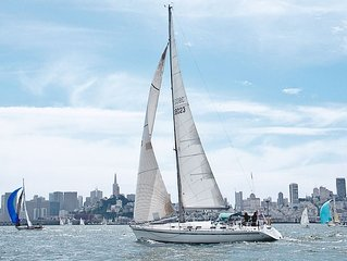 Luxury Yacht Available in Romantic Sausalito
