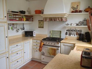 Provencal Charming Apartment In The Heart Of The Cote Du Rhone Region