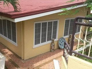 CEBU HOUSE IN CENTER OF CITY fuente circle sinulog festiv
