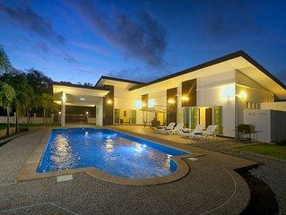 Villa Lotus- Large Private Pool House Krabi Thailand