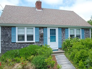 Beautiful Cape Style Home A One Minute Walk From Private Beach on Cape Cod Bay