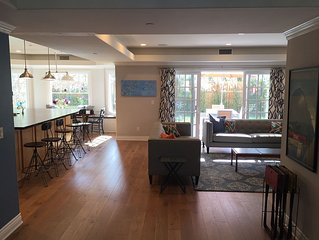 Large, modern, family-friendly 5br mansion, 5 minutes to beach