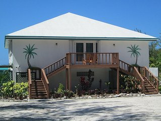 Apartment For 4 & DIRECTLY on Hoopers Bay Beach