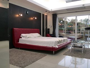 Luxurious modern condo at The Residence Jomtien Beach