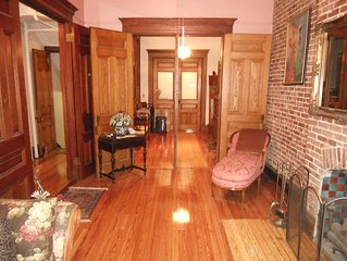 Cozy 5 Bdrms Brownstone located on 'Sugar Hill' in Historic Harlem NY