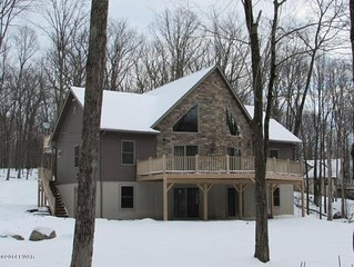 Peaceful and Private Pocono House with Community