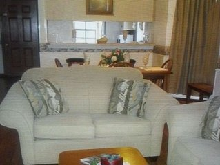 Family Friendly Suburb Of New Orleans 1 Bedroom Condo With Pool And Lake