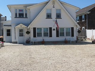 Summer Beach Getaway walking distance to beach