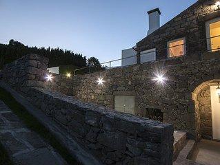 The House 'casa Do Simão' Is A Hospitable Century-old House For Rent