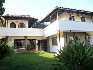 Villa With Pool, Close To The Beach, Safe Environment And near Athens