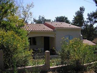 Maison avec jardin en bordure d'une pinede, ideale pour des enfants