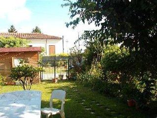 Casa con giardino perfetta per famiglie vicino al Lago di Garda, Verona, Mantova