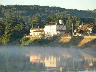 Superb house on River Dordogne, Flaujagues, near St Emilion and Bordeaux