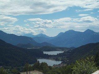 Casa di montagna vista laghi