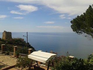 La casa Blu near Cefalu - Sea Front View Private House in Villa Semi dettached