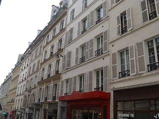 Studio rue Rodier, IXeme arrondissement de Paris / Studio Rodier street, Paris.