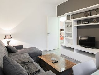 modern and elegant apartment 90mt,  METRO direct to Duomo and RHO FIERA, wifi