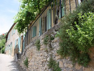 Beautiful Holiday Home In La Roque Gageac in the valley of the Five Chateau,s.