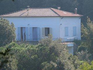 Casa Mariina ampia dimora dal fascino isolano e signorile con vista sul mare
