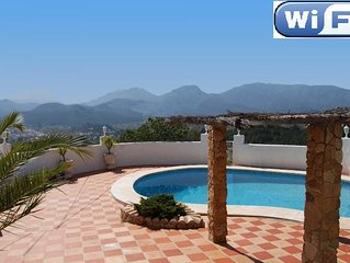 Villa with private pool and open and spectacular mountain views VT-444952-A